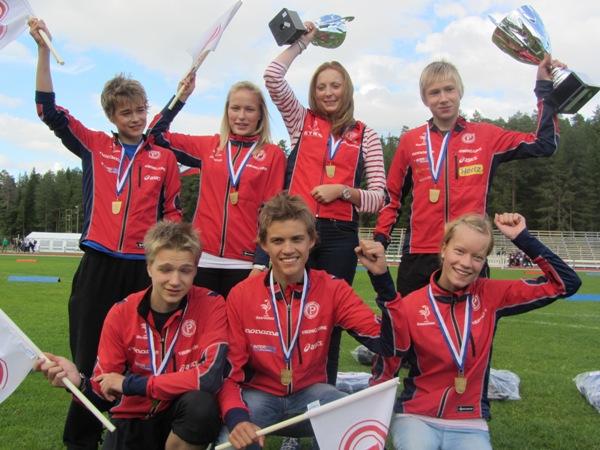 Nuorten Jukola 2011 voittajajoukkue Tampereen Pyrintö