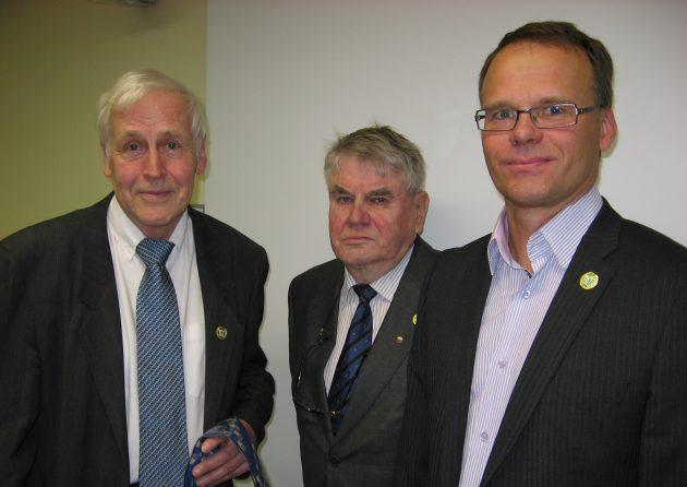 Vasemmalta Reimo Uljas, Yrjö Teeriaho ja Juhani Sihvonen